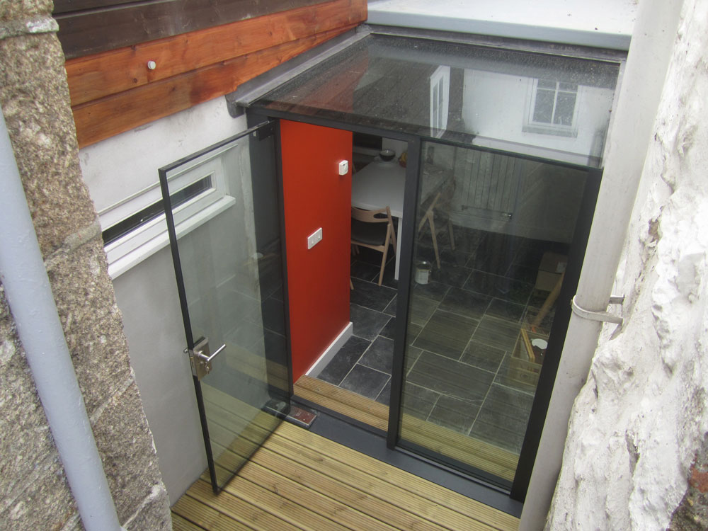 Veon Glass Bespoke Structural Glass Solutions