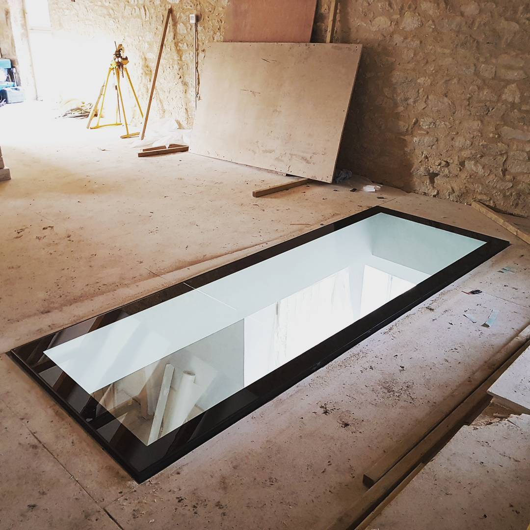 Veon-Ltd-Structural Glass-Walk-on-Floor-Devon-01